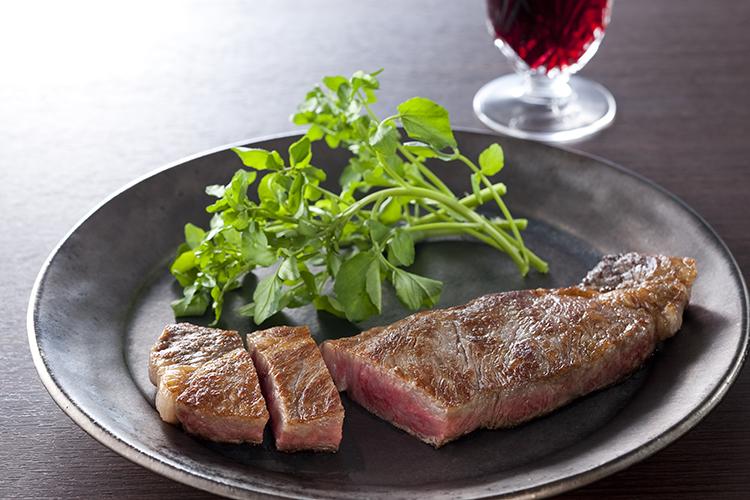 【お歳暮ギフト/送料無料】神戸ビーフの素牛(もとうし)淡路牛の最高ブランド 「淡路ビーフ」サーロイン ステーキ用 200g×2枚