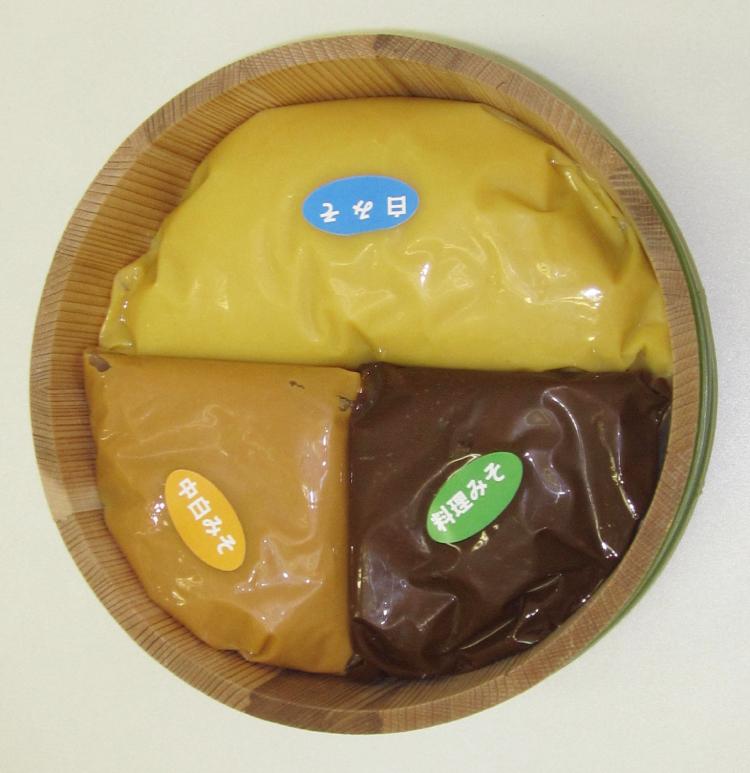 【香川県】 イヅツみそ 高級サヌキ味噌3種詰合せ【産地直送│同梱不可】