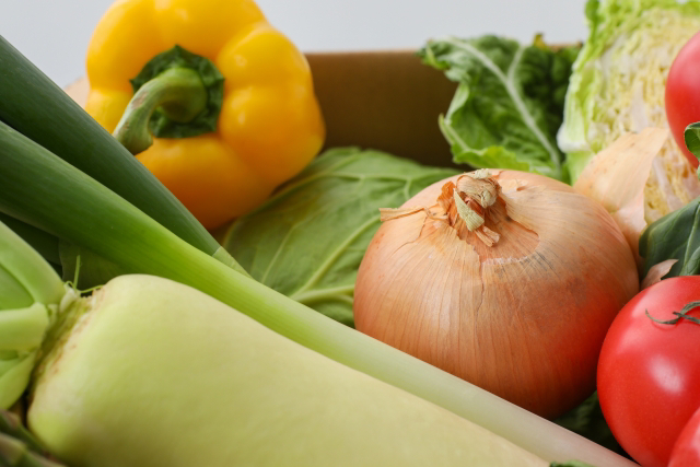 淡路島の市場からその日届いた「秋の野菜」を食べるセット