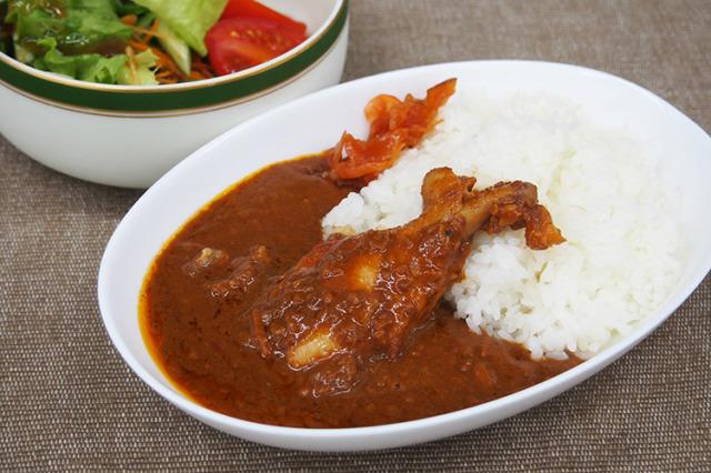 【徳島県|地鶏】阿波尾鶏カレーとだしのセット【産地直送|同梱不可】