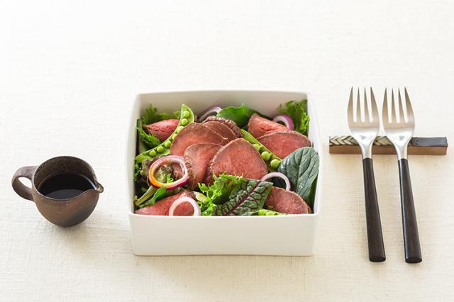 【ギフト】島のロースト職人の味をご自宅で 国産黒毛和牛赤身肉のローストビーフ「天潮節」300g×2本入