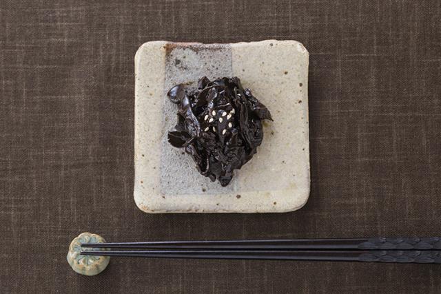 【食品添加物不使用】長野県産『ぶなしめじ』を再仕込み丸大豆醤油『鶴醤』で炊き上げたしめじ煮