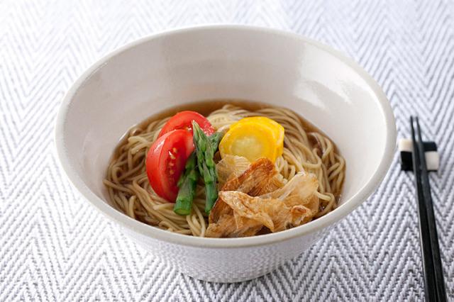 玉ねぎチップスラーメン【淡路島産玉ねぎを使用】