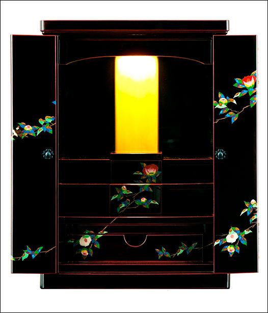 高級モダン(家具調)仏壇【送料無料 仏具・おりん・掛け軸・お手入れ付属品セット付】輪島塗仏壇「椿」(仏具付)