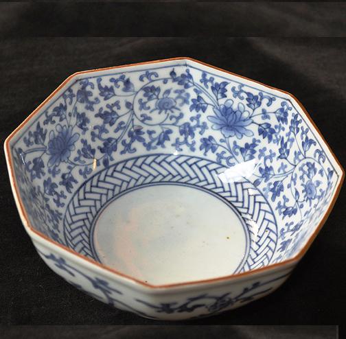 藍柿手花唐草八角鉢