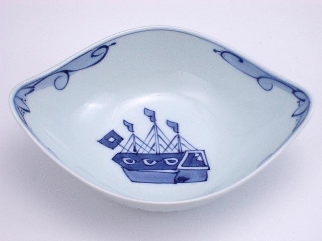 有田焼 青花 オランダ船舟型中鉢
