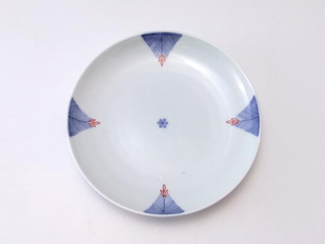 有田焼 青花匠 染錦菱松文4.7寸皿