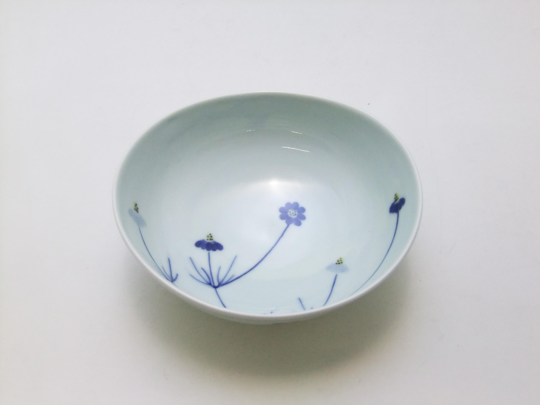 染錦野菊楕円鉢 青花 匠