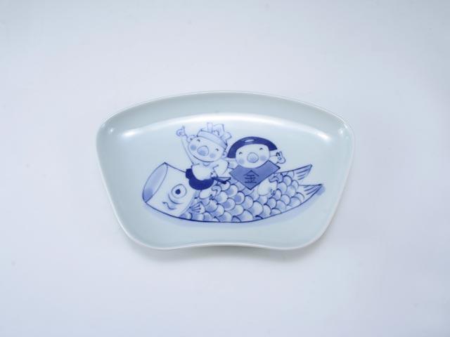 こいのぼりと金太郎扇型銘々皿 しん窯 青花