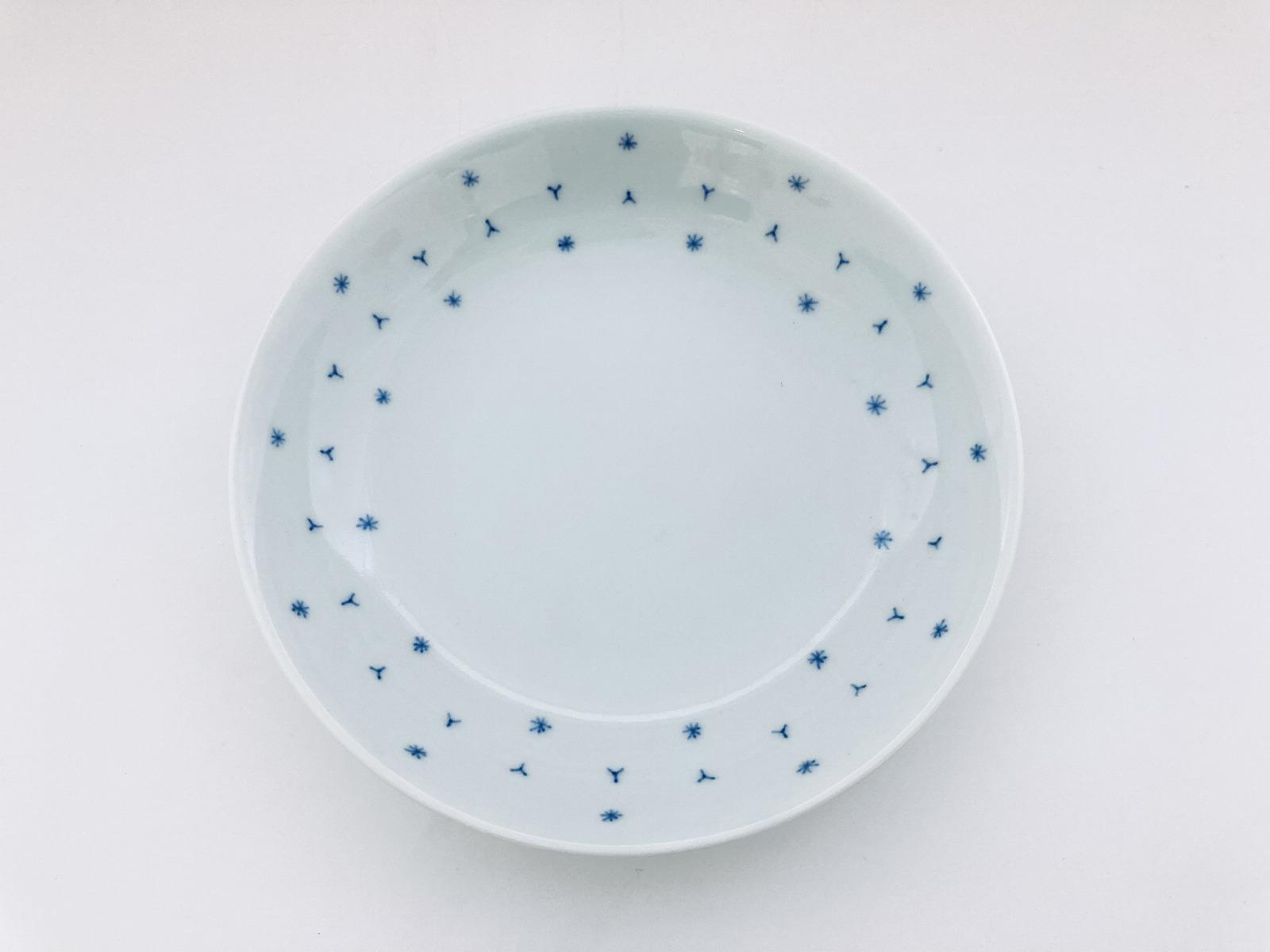 (青)くずし麻の葉反5寸皿 しん窯青花匠 限定商品
