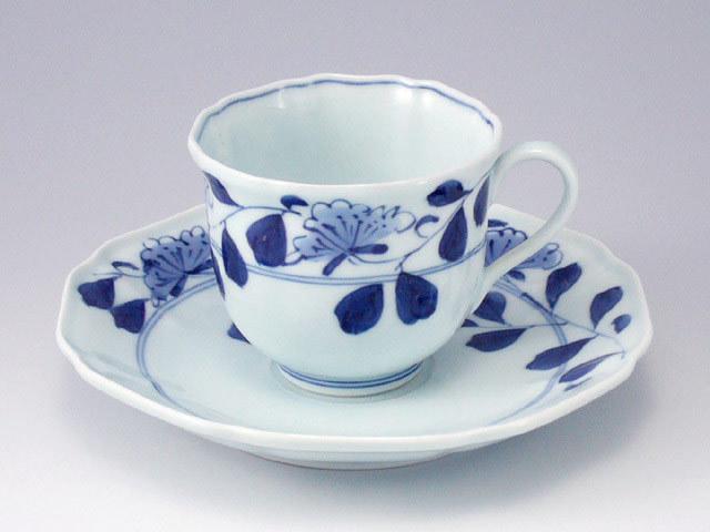 有田焼 青花 牡丹唐草木甲コーヒー碗皿