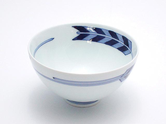 矢羽根3.5寸丸飯碗 青花 匠