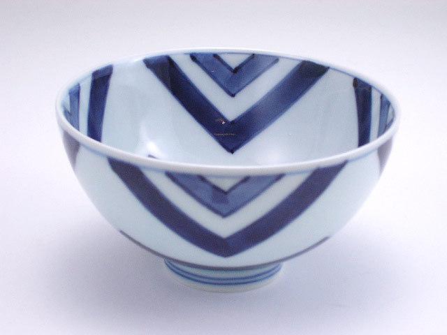 有田焼 青花 江戸紋3.8寸丸飯碗