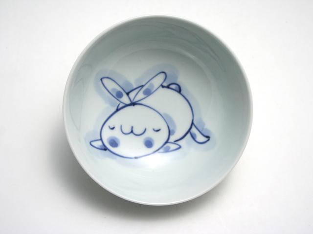 有田焼 青花 うさぎ4寸ボール(まったり)