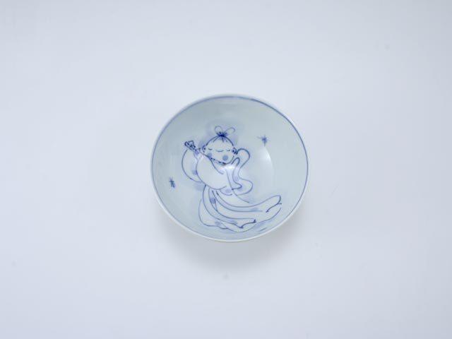 笛吹き天女3.8寸丸飯碗 しん窯 青花