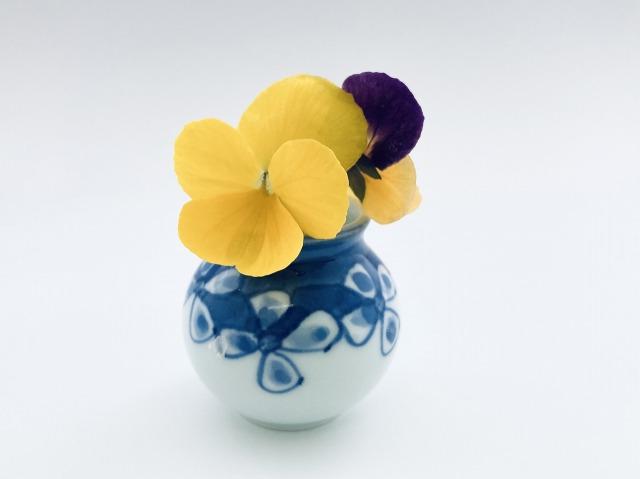 花つなぎ豆一輪挿し しん窯青花