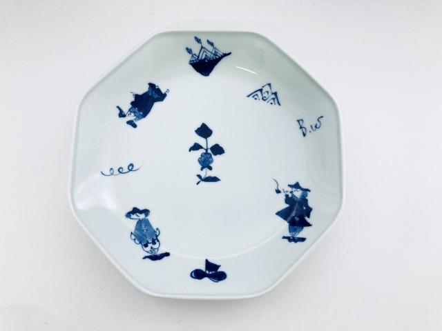 異人づくし正八角7寸皿 しん窯青花