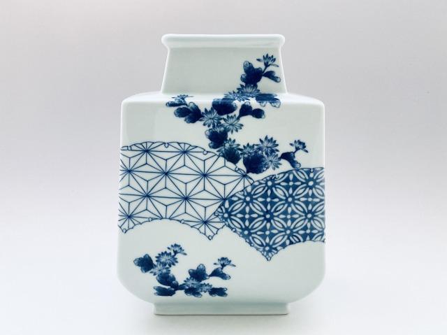 菊に麻の葉扁壺 限定商品 しん窯青花匠