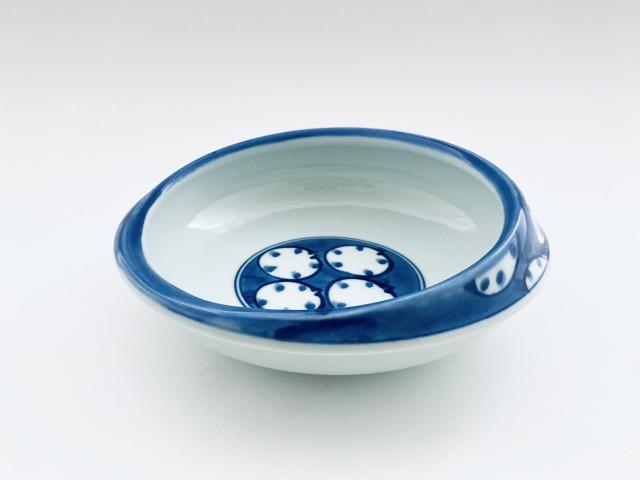 丸紋すくい易い丸鉢 しん窯 青花
