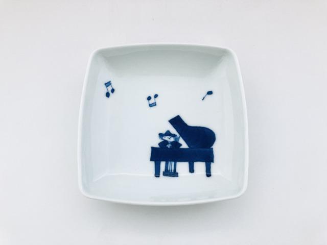 音符とピアノ スクエアプレートS しん窯青花