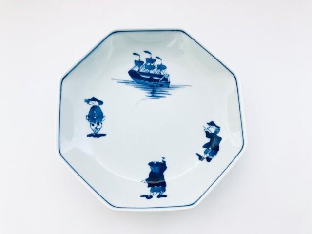 三人異人と帆船 正八角6寸皿 しん窯青花