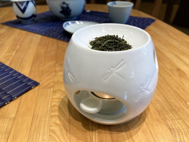 TONBO茶香炉 しん窯青花匠