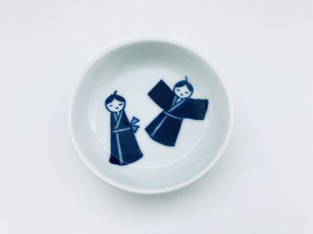 わらべ人形渕上り3寸皿 しん窯青花