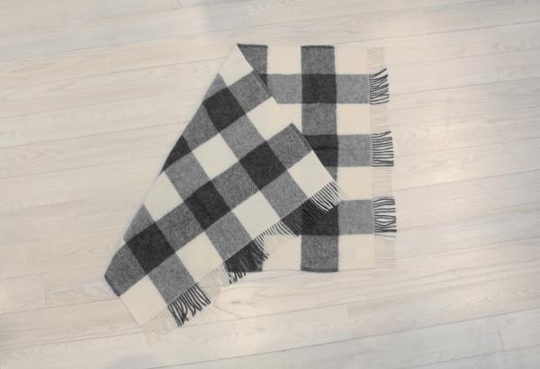 可愛いおしゃれな毛布のシルケボーウールブランケット北欧テイストのひざ掛けブロックチェック畳み