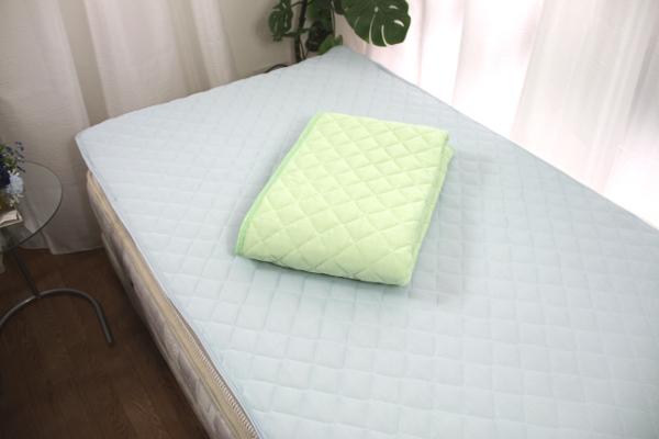夏用寝具のひんやり冷たい寝具マンオリジナル敷パッドの商品全体