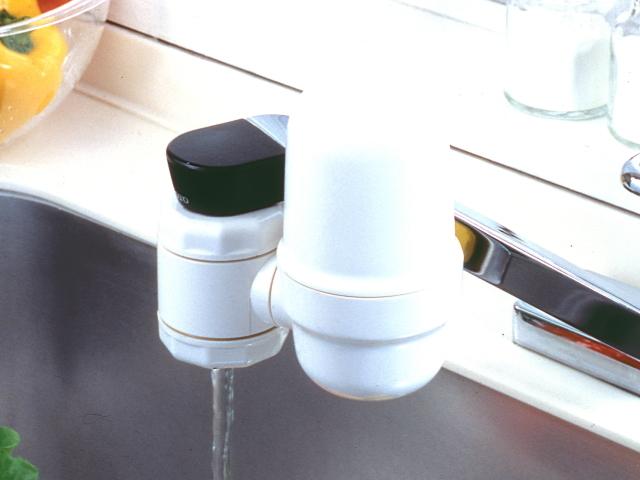 蛇口取付型浄活水器「ミネルバ」 (完全逆流洗浄方式)