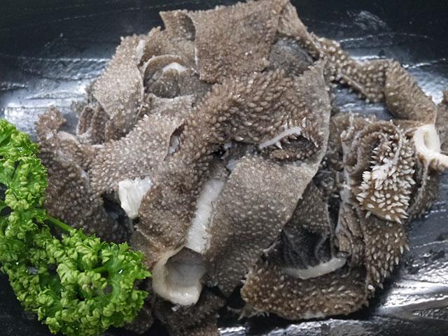 鹿児島県産黒毛和牛センマイ 約100g