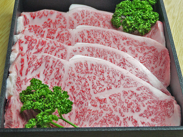 鹿児島県産特選黒毛和牛サーロインステーキ 約180g×4枚