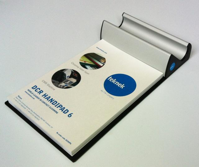 製品歩留まりを簡単かつ確実に改善!! DCRハンドローラー6インチ用置台(粘着パッド1冊×50シート付き)