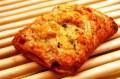トマトピッツァテイスト!バジリコ風味のトマトソースとモッツァレラチーズを包み込んだ『モッツァレラトマト』♪