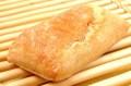 サンドウィッチにぴったり!オリーブオイルを使った長方形のパン『チャパタ』♪