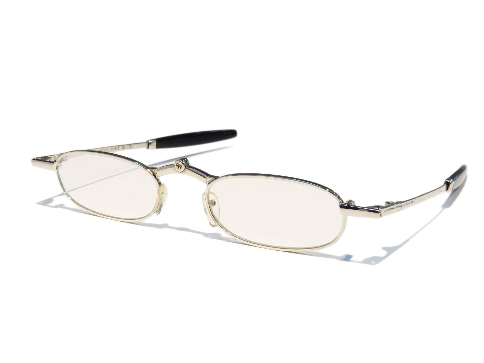既製老眼鏡 折りたたむとコンパクトな名刺サイズ OP1301
