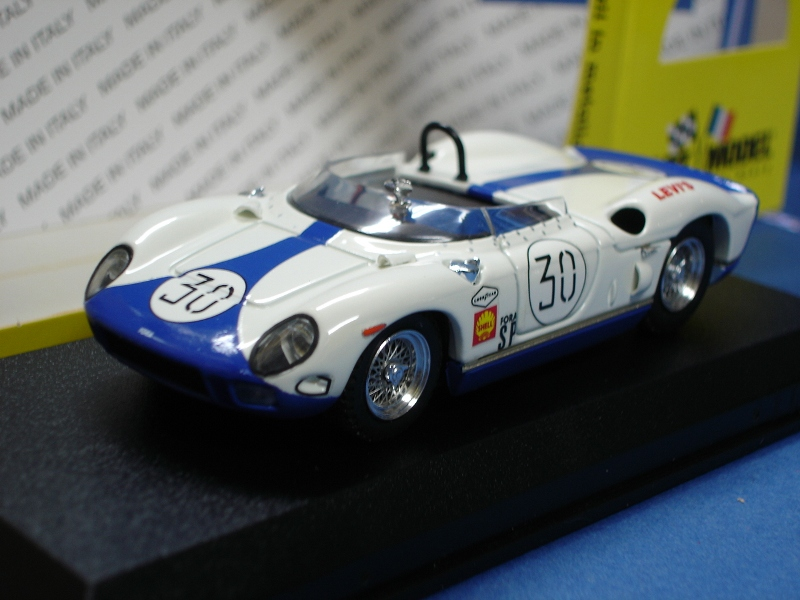 ・アートモデル 1/43 フェラーリ 330P セブリング65 #30
