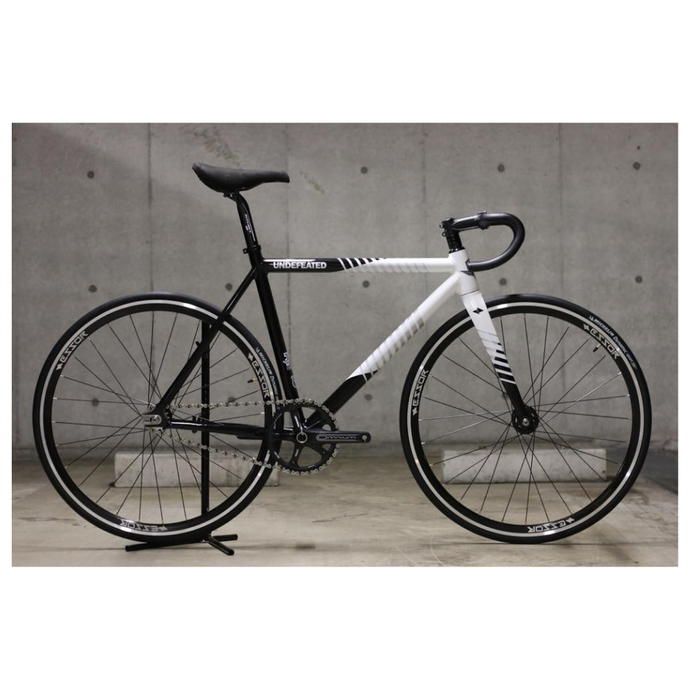 【STATEBICYCLE ステイトバイシクル】 UNDEFEATED2 BLACK&WHITE  PISTBIKE 完成車