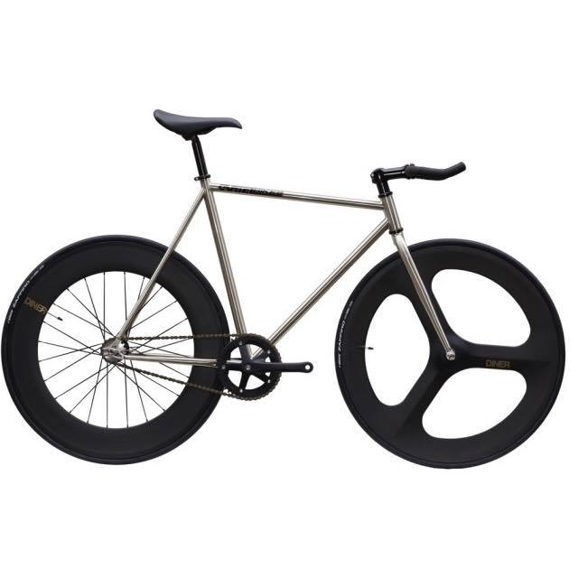 【CARTELBIKES カーテルバイク】 AVENUE LO CHROME DINER FRONT 3SOKE REAR 88mm CARBON WHEEL  カスタム完成車