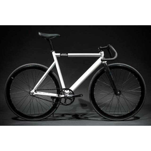 【STATEBICYCLE ステイトバイシクル】 6061 BLACK LABEL PEARL WHITE  完成車