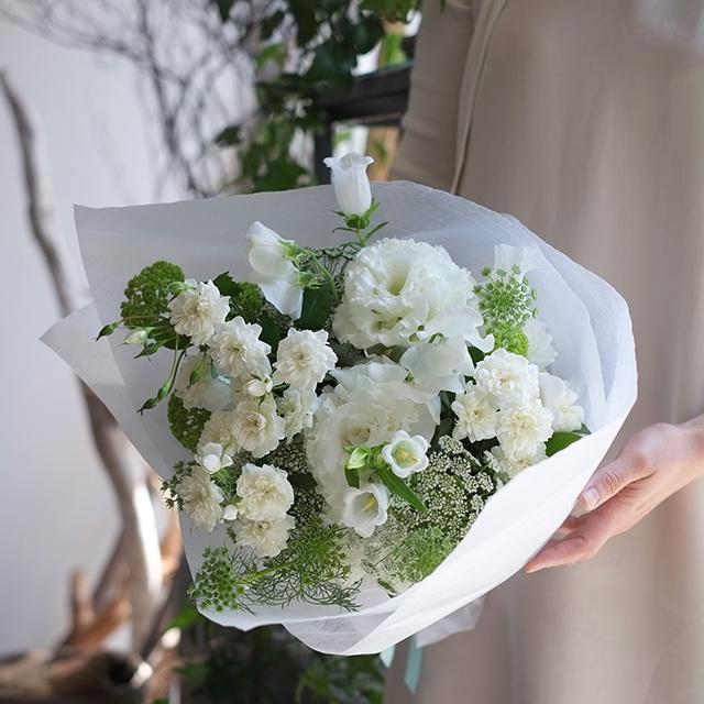 ホワイト花束