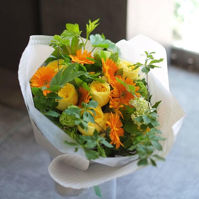 黄色オレンジの花束