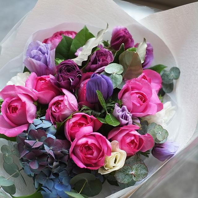 イブピアジェローズの花束