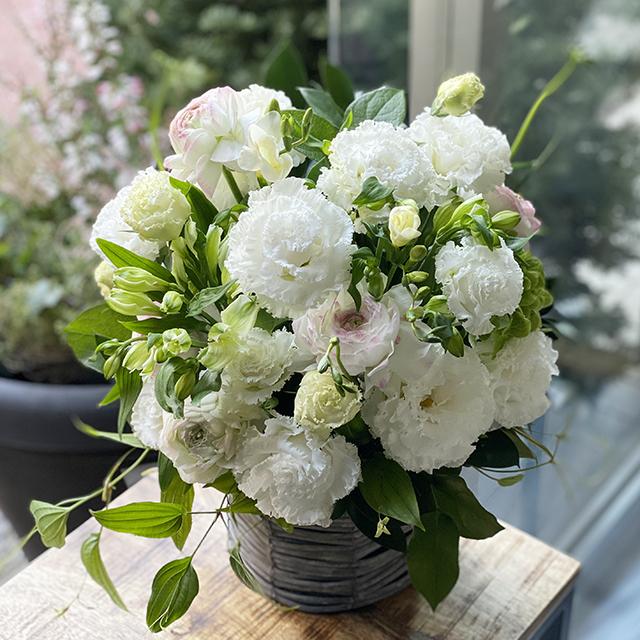 御祝い花ホワイトグリーン
