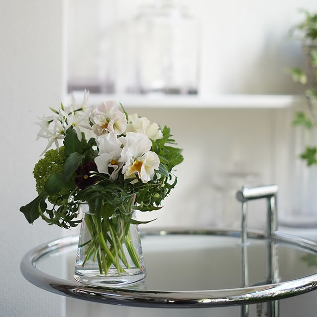 花瓶つきフラワーギフト