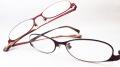 【オリジナル老眼鏡】 VIVACE (ビバーチェ) VV-8002 ステンレス製、軽量でしなやか、個性的なメガネフレーム カラーは2色 【送料無料】