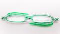 イタリア生まれの超コンパクト折りたたみ老眼鏡 『zic(ジック)』 G065-02 グリーン