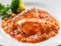 真鯛と彩野菜のトマト煮込み
