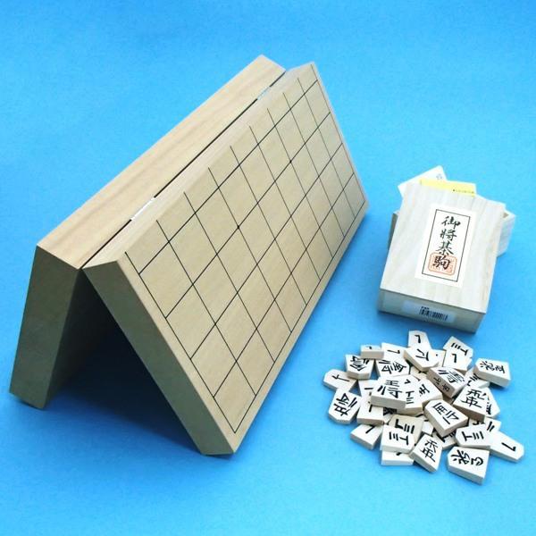将棋セット 新桂10号折将棋盤と新槙彫駒のセット
