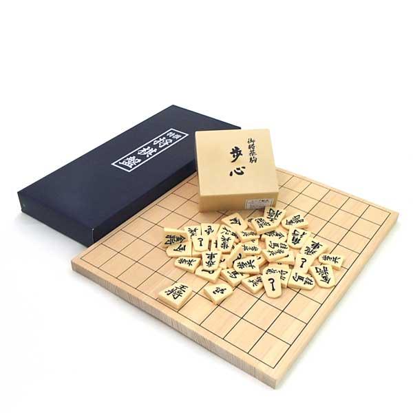 桧(ひのき)4号折将棋盤とP製将棋駒歩心